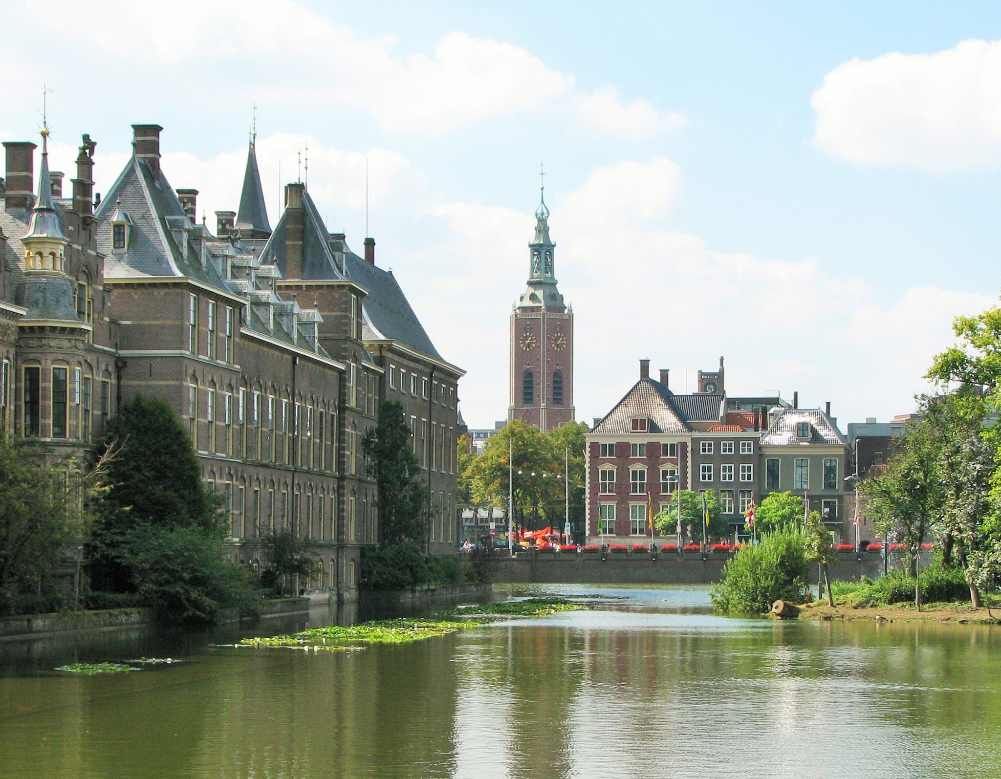 Things to do in the hague netherlands boarding call for Waldos travel den haag