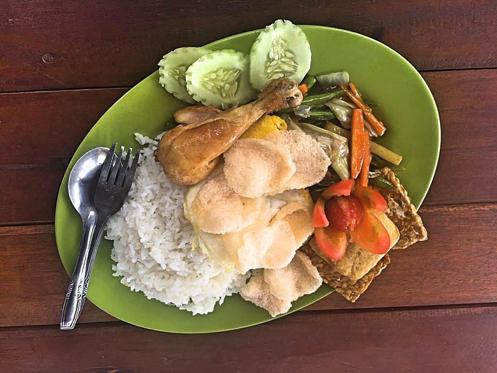Mt Rinjani lunch 2